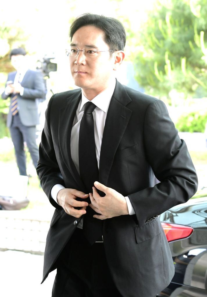 Samsung Electronics Vice Chairman Lee Jae-yong arrives at the funeral hall of Seoul National University Hospital on May 20, 2018, to mourn Koo Bon-moo, head of South Korea's fourth-largest ...