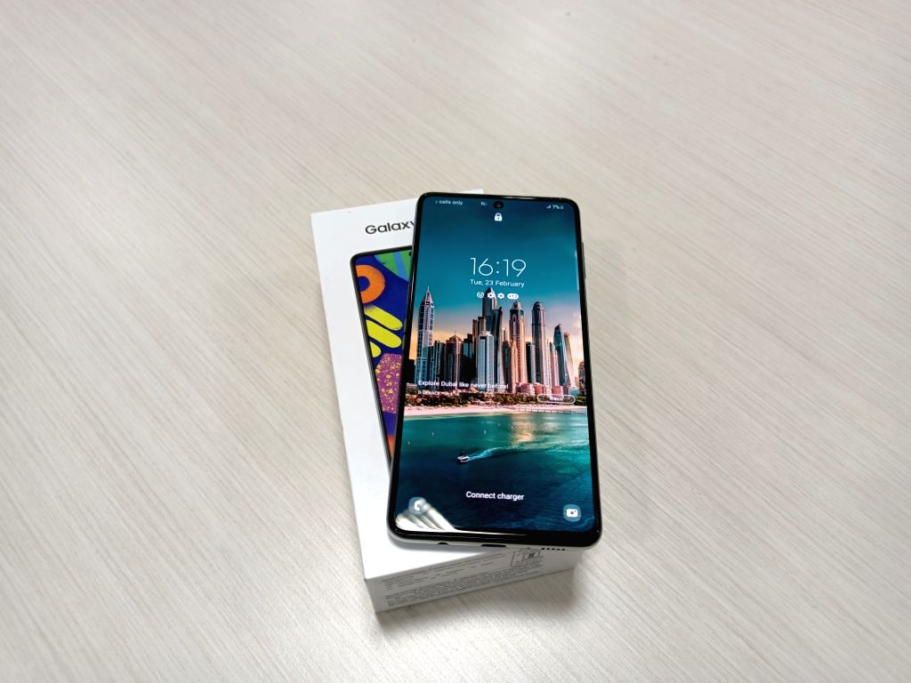Samsung F62 Review.