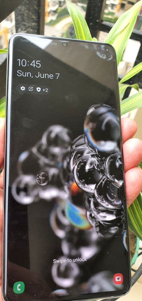 Samsung Galaxy S20 Ultra offers 100x Zoom, 8K video recording and stunning premium look at Rs 92,999. (Photo: IANS)  .