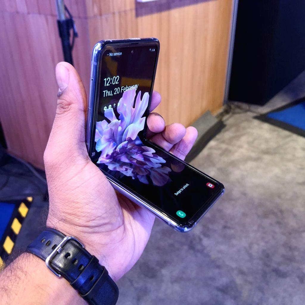 Samsung Galaxy Z Flip: Worth your pocket, with same nostalgia.