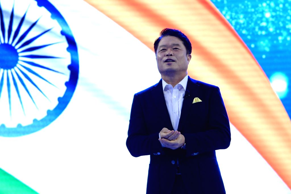 Samsung SouthWest Asia President and CEO HC Hong addresses at the inauguration of Samsung largest mobile experience centre, in Bengaluru, on Sept 11, 2018.