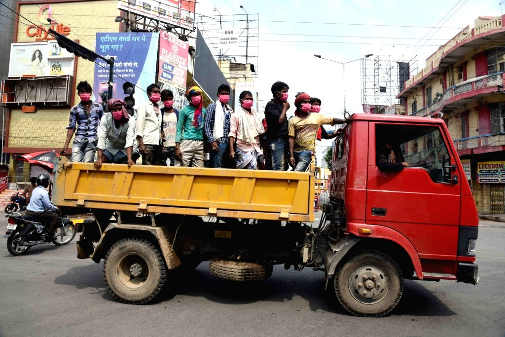Sanitation workers on their way to work in Patna during the extended nationwide lockdown imposed to mitigate the spread of coronavirus; on Apr 27, 2020.