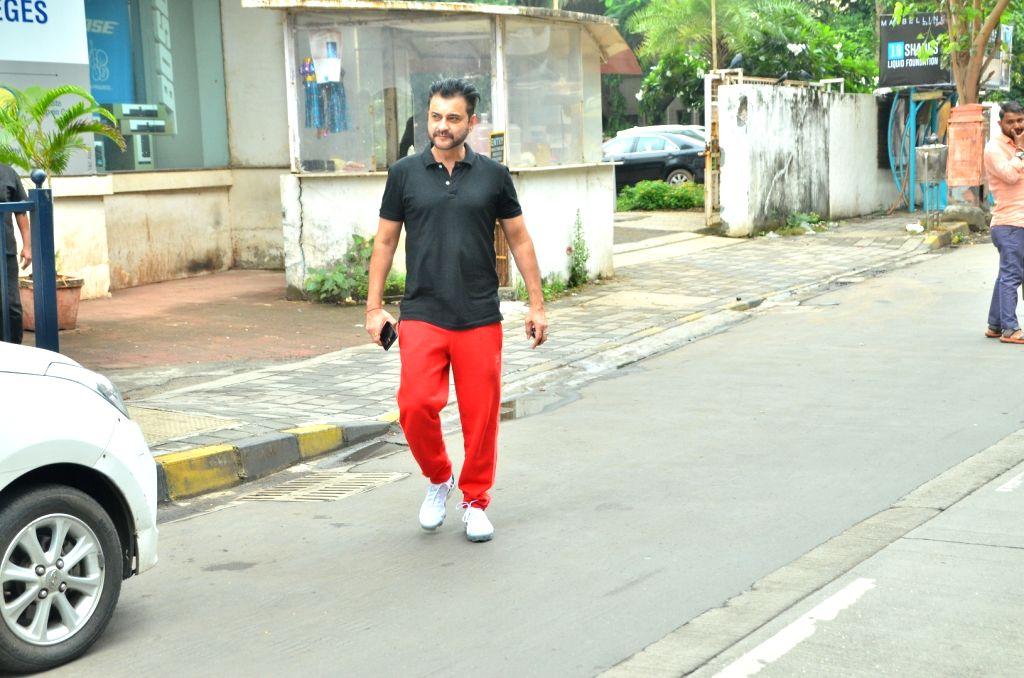 Sanjay Kapoor, Arjun Mathur to star in lockdown-shot series 'The Gone Game' - Sanjay Kapoor