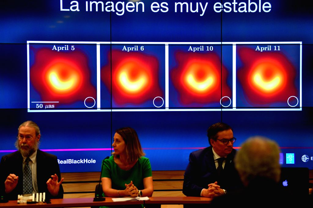 SANTIAGO, April 10, 2019 - Geoffrey Crew (1st L), research scientist at MIT Haystack Observatory, Violette Impellizzeri (2nd L), astronomer at the Atacama Large Millimeter/submillimeter Array (ALMA), ...