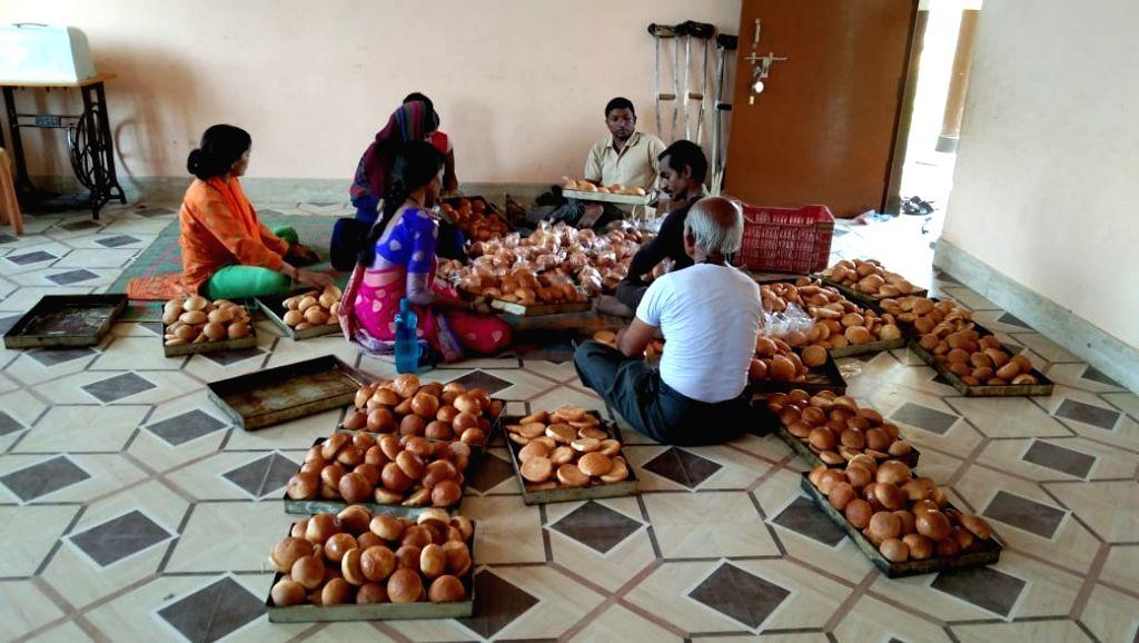 Santosh Kumar and his team employing differently-abled in Varanasi. - Santosh Kumar