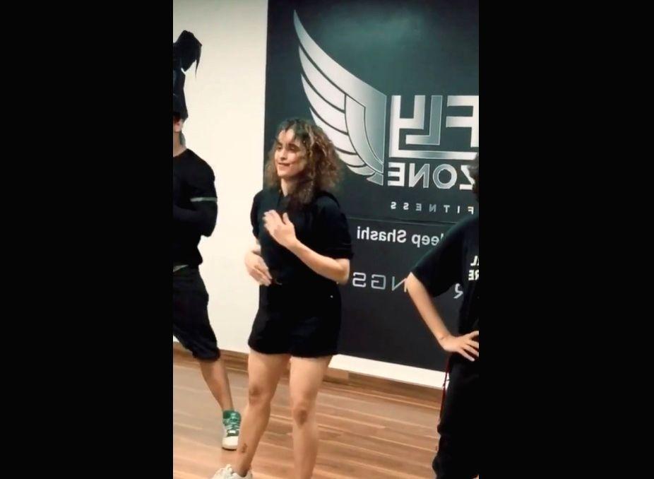 Sanya Malhotra misses dancing - Sanya Malhotra