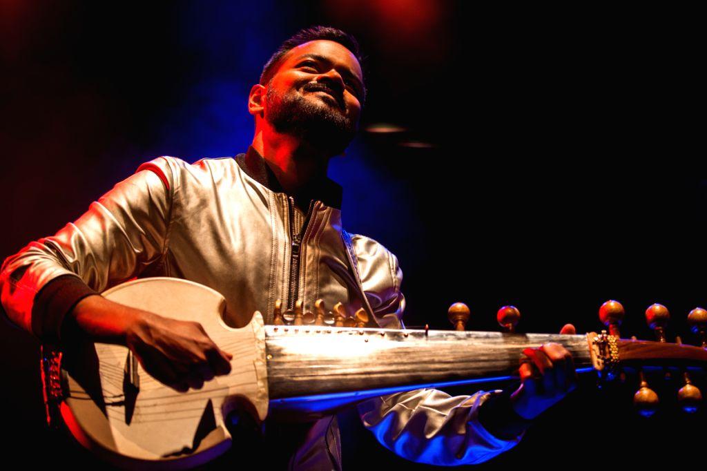 Sarod maestro Soumik Datta (Photo credit: Rehmat Rayat)