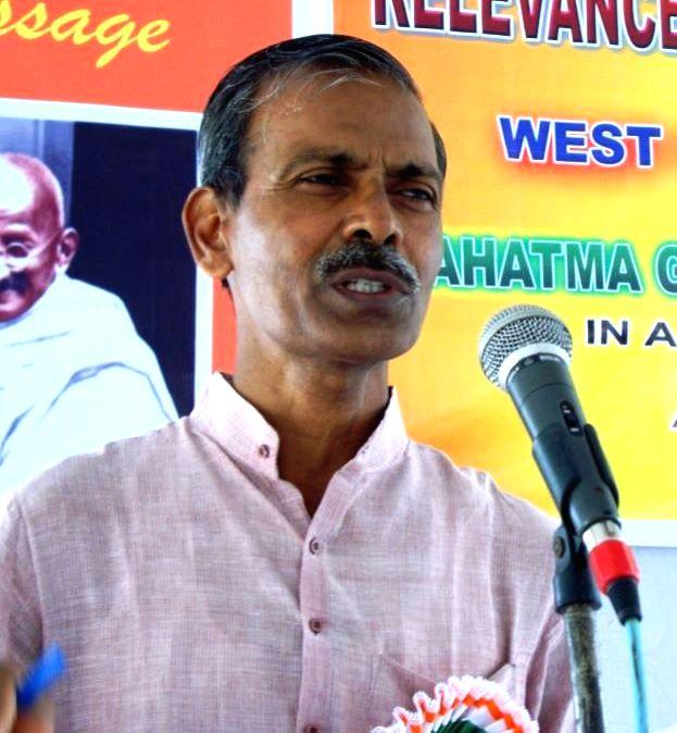 Sarva Seva Sangh President Mahadev Vidrohi.