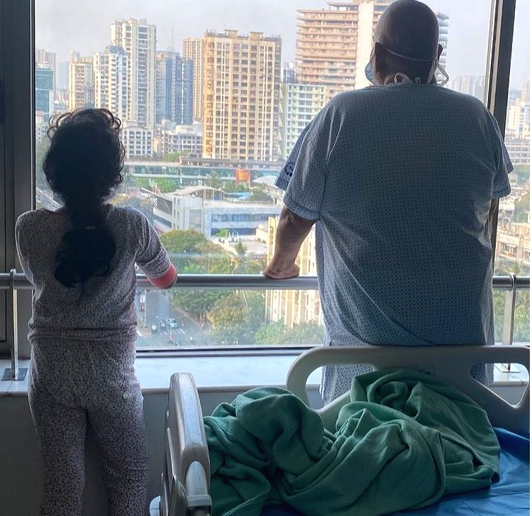 Satish Kaushik shares photo with daughter, says they are recovering from Covid ( credit : satishkaushik2178/instagram)