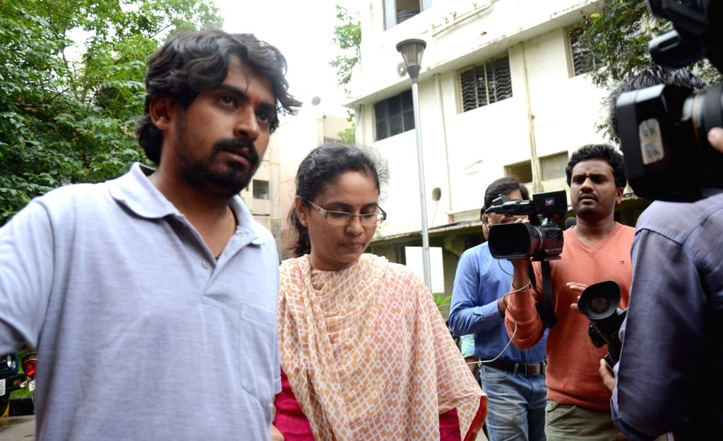 Savitha, wife of BJP leader MP Kumaraswamy arrives to file a complaint against her husband for assaulting her publicly in Bengaluru on June 23, 2016.