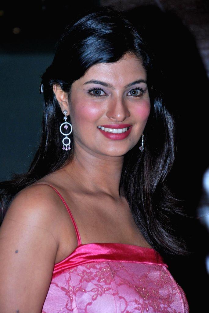 Sayali Bhagat at Kirkit premiere.