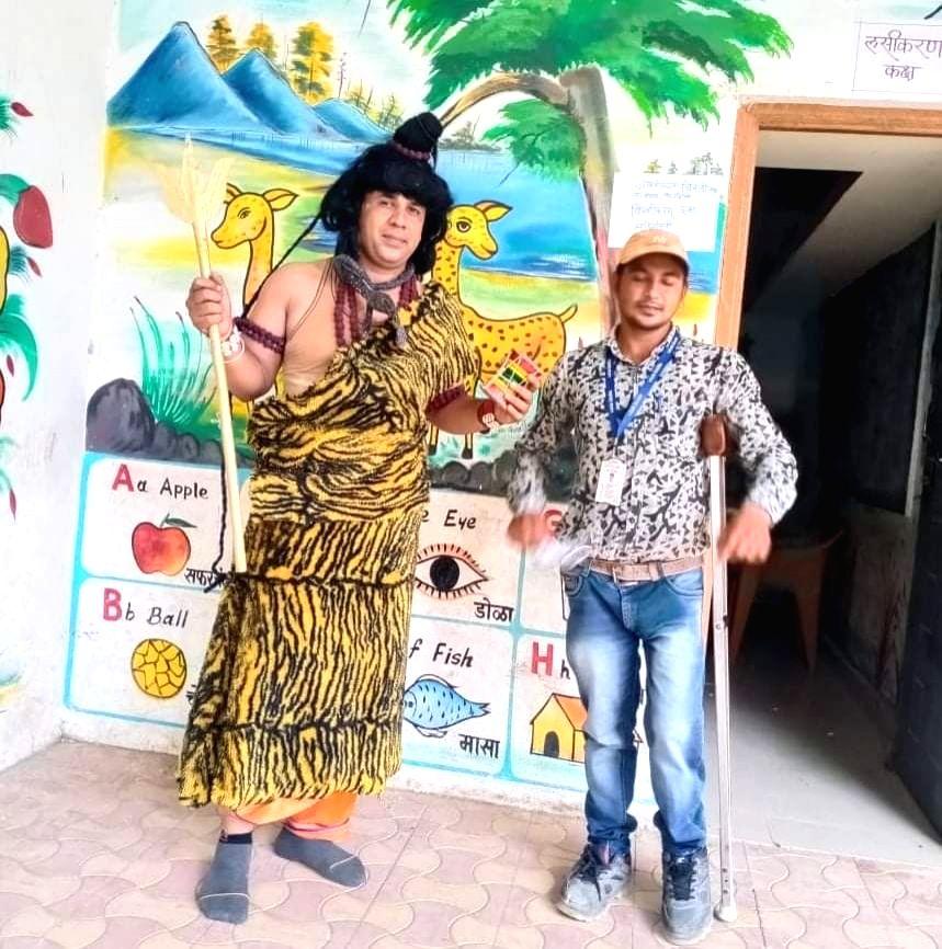 School Principal's fancy 'avatars' create vaccination buzz