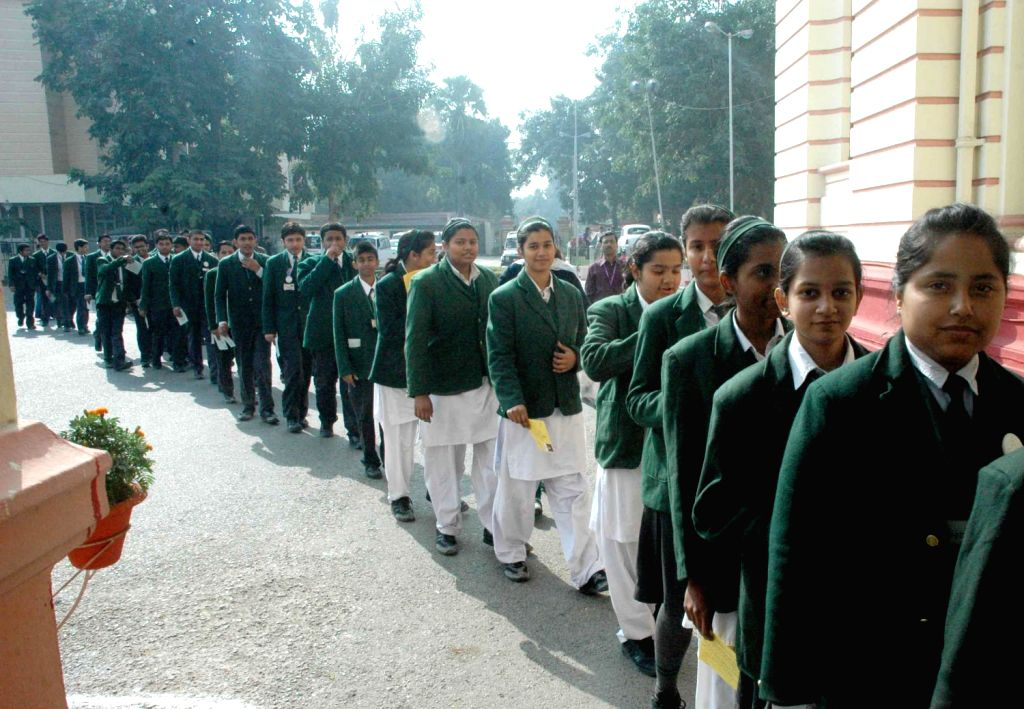 School students during their visit to Bihar Legislative Assembly in Patna on Dec.13, 2013.