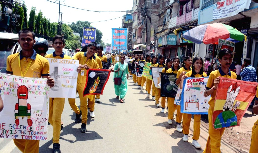 School students participate in 'March for Science' organised to mark the 74th anniversary of atomic bombing on Nagasaki by the US at the end of World War II in 1945; in Patna on Aug 9, 2019.