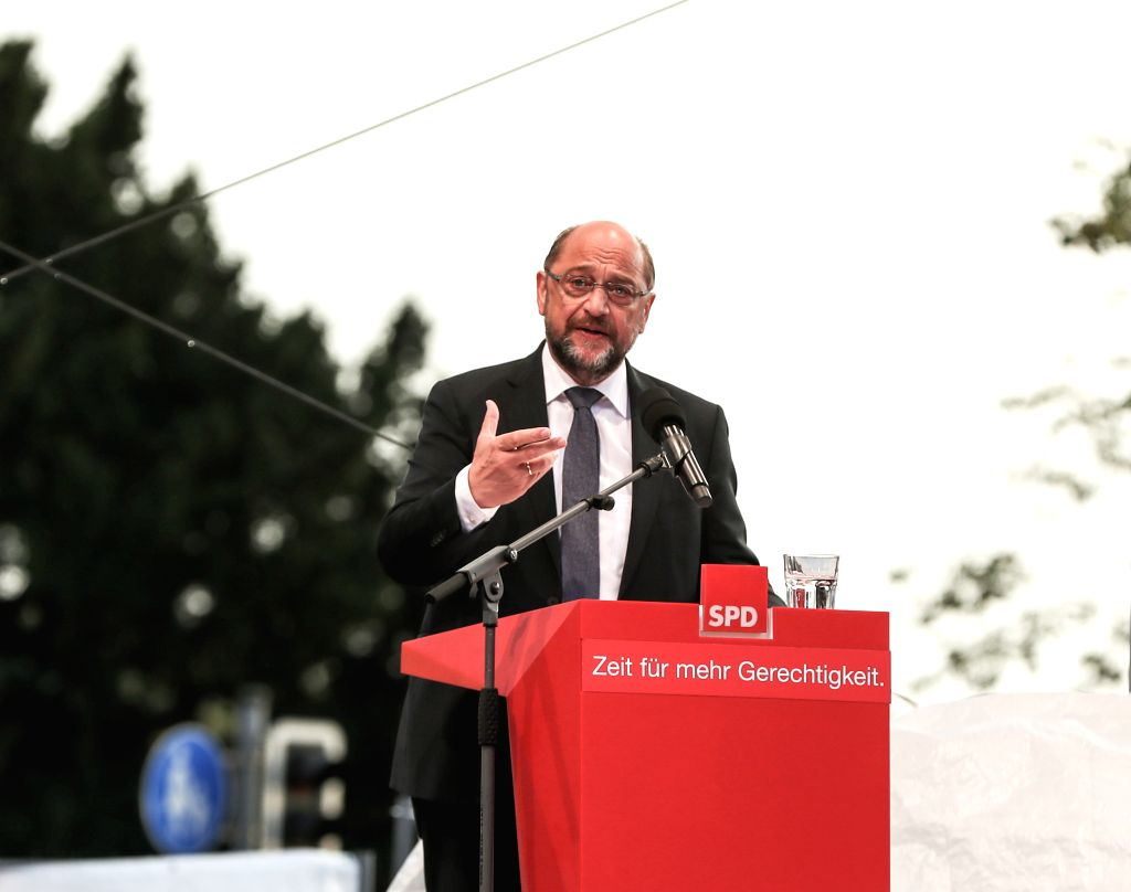 SCHWERIN (GERMANY), Sept. 15, 2017 German Social Democrat (SPD) leader Martin Schulz delivers a speech during an election rally for Germany's federal elections, which falls on Sept. 24, ...