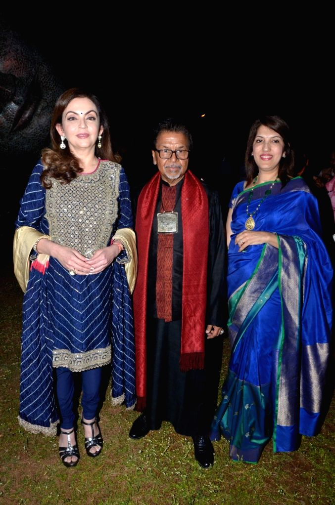 Sculptor Satish Gupta with Nita Ambani, Chairperson and Founder, Reliance Foundation during the inauguration of his show The Silent Eternity, in Mumbai, on Nov 29, 2016. - Satish Gupta and Nita Ambani