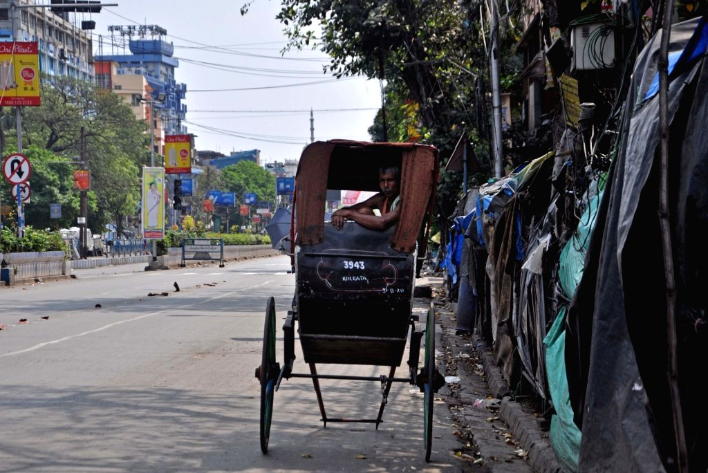 Sealdah streets bear a desrted look amid Prime Minister Narendra Modi???s call to observe a nationwide shutdown - 'Janta curfew' - in the wake of increasng cases of COVID-19 or Coronavirus, in ... - Narendra Modi