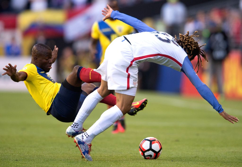 SEATTLE, June 17, 2016 - Jermaine Jones (R) of the United States vies with Enner Valencia of Ecuador during their quarterfinal match of 2016 Copa America soccer tournament at Century Link Field in ...