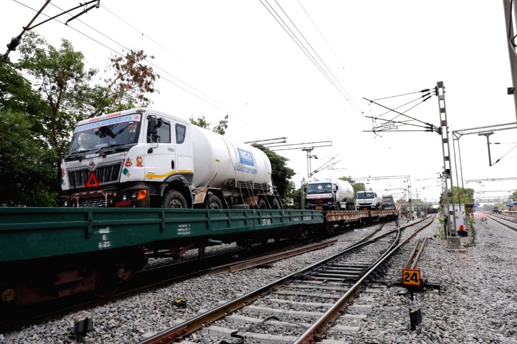 Second Oxygen Express reaches Hyderabad from Odisha