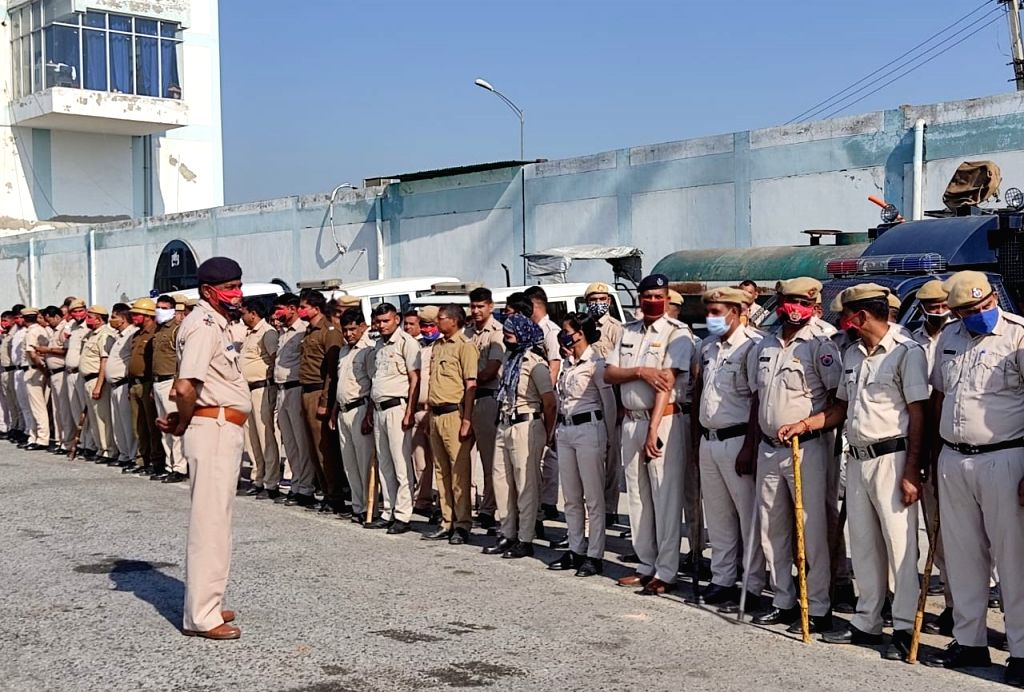 Security beefed up at Sadar-Palwal toll plaza ahead of KMP expressway blockade by the farmers