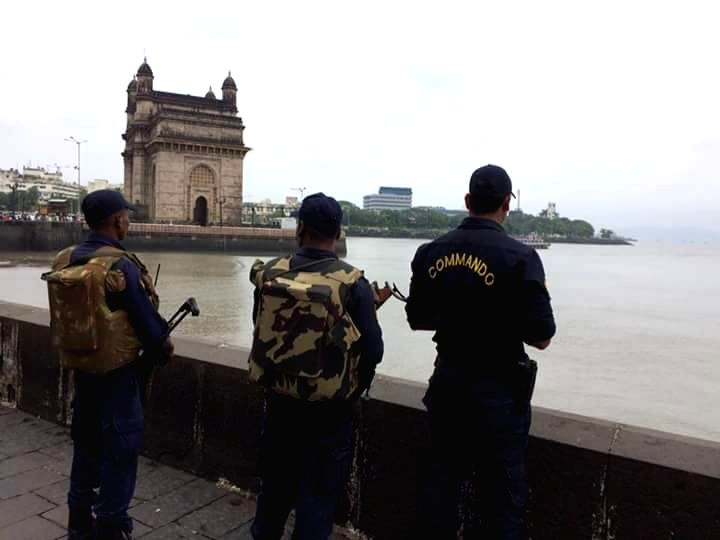 Security beefed up in Mumbai after an alert was sounded in Maharashtra following reports of suspicious gun toting masked persons being sighted in Uran coastal town; in Mumbai on Sept 22, 2016.