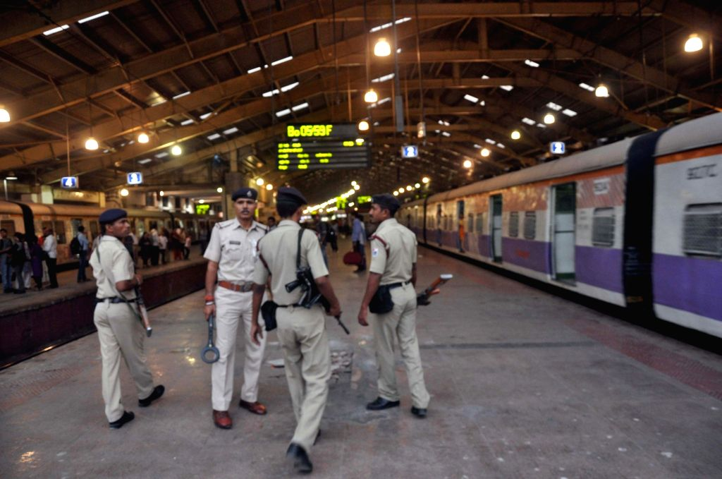 Security beefed-up in Mumbai in the wake of Paris terror attacks on Nov 14, 2015.