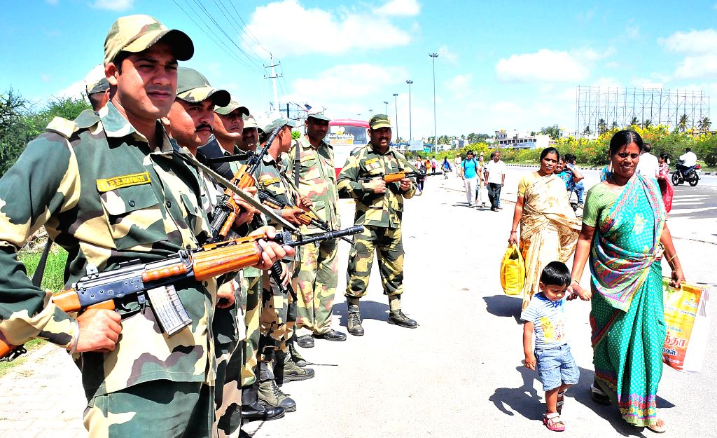 Security personnel deployed on Karnataka-Tamil Nadu border in the wake of protests from Pro Kannada organisation on Sept 19, 2016.