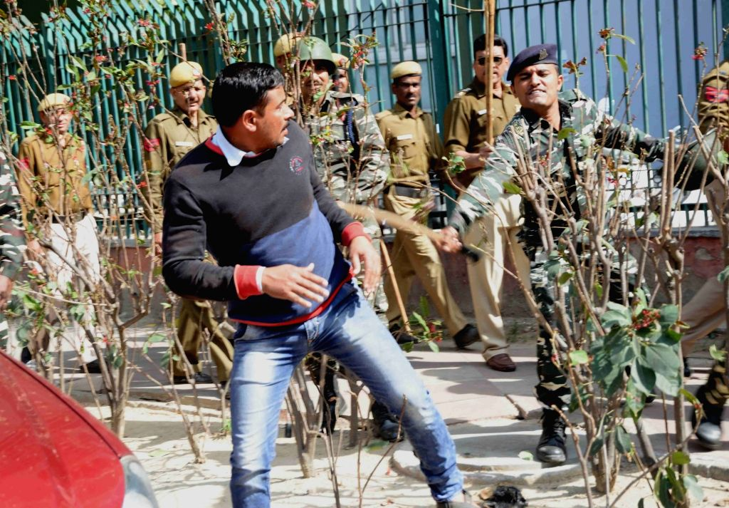 Security personnel lathicharge Indian National Lok Dal (INLD) supporters from Haryana during their Parliament Gherao march over Sutlej-Yamuna canal link between Haryana and Punjab in New ...