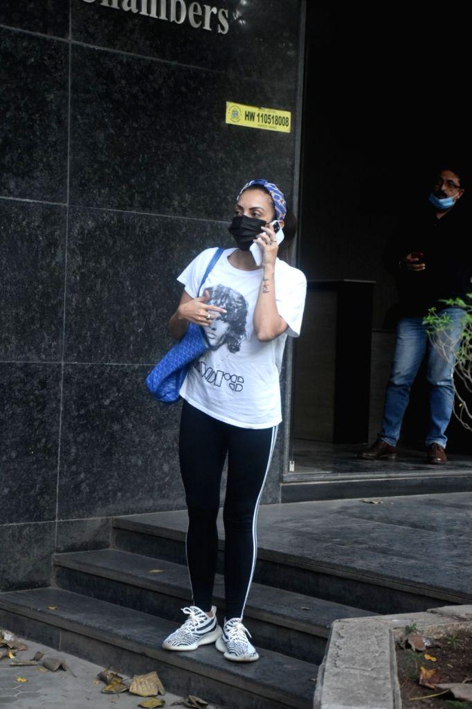 Seema Khan spotted at Ageless Clinic in Santacruz on Sunday 28th February 2021. - Seema Khan
