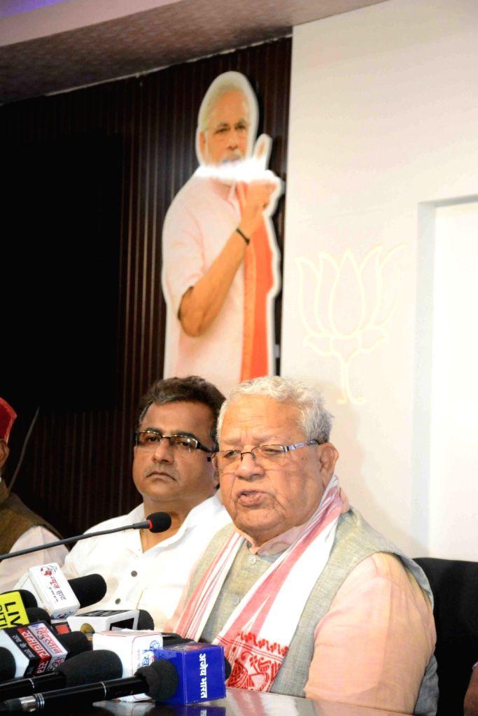 Senior BJP leader Kalraj Mishra addresses a press conference in Patna, on May 5, 2019. - Kalraj Mishra