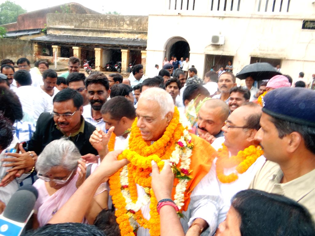 Senior BJP leader Yashwant Sinha comes out after being released from Jai Prakash Narayan Jail on bail in Hazaribagh of Jharkhand on June 19, 2014.