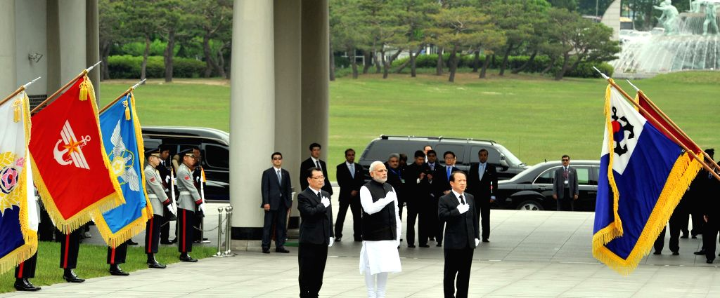 Prime Minister Narendra Modi during the Wreath laying ceremony, in Seoul National Cemetery, South Korea on May 18, 2015. - Narendra Modi