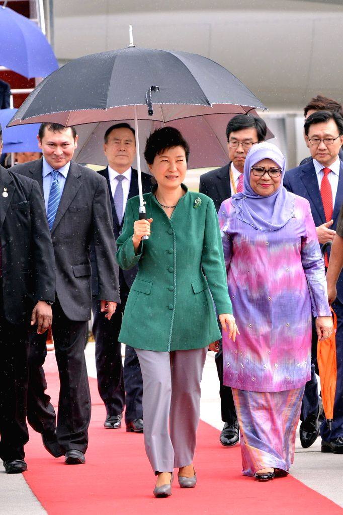 SEPANG (MALAYSIA), Nov. 20, 2015 South Korean President Park Geun-hye (Front) walks on the red carpet as she arrives for the 27th Association of Southeast Asian Nations (ASEAN) Summit at ...