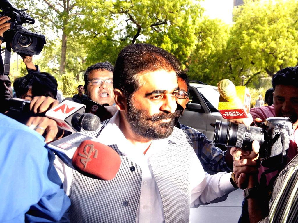 Separatist leader Ghazi Javed Baba arrives to appear before NIA in New Delhi, on May 29, 2017. - Ghazi Javed Baba