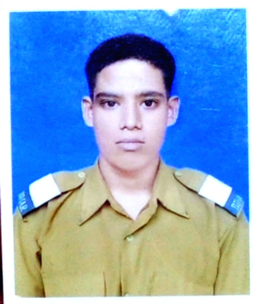 Sepoy Gangadhar Dolui , one of the 18 soldiers killed in 18 Sept, 2016 terror attack on Uri army camp. Two braveheart soldiers from West Bengal were among the 17 army men killed in Uri ...