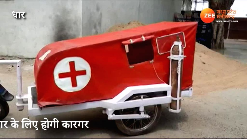 Serving Covid-19 patients with makeshift ambulancesJaved and Aziz Khan show the way. - Aziz Khan