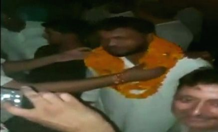Seven persons accused of killing a police inspector in cow slaughter violence in Bulandshahr last year, were given a hero's welcome by their supporters when they came out on bail. As soon as ...