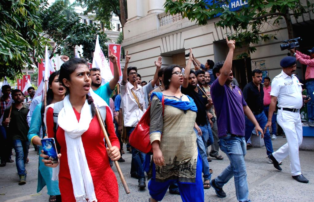SFI activists stage a demonstration against West Bengal government in Kolkata, on Feb 29, 2016.