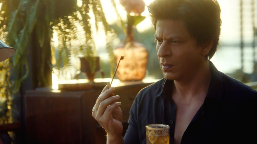 Shah Rukh to uncover secret in Dubai.