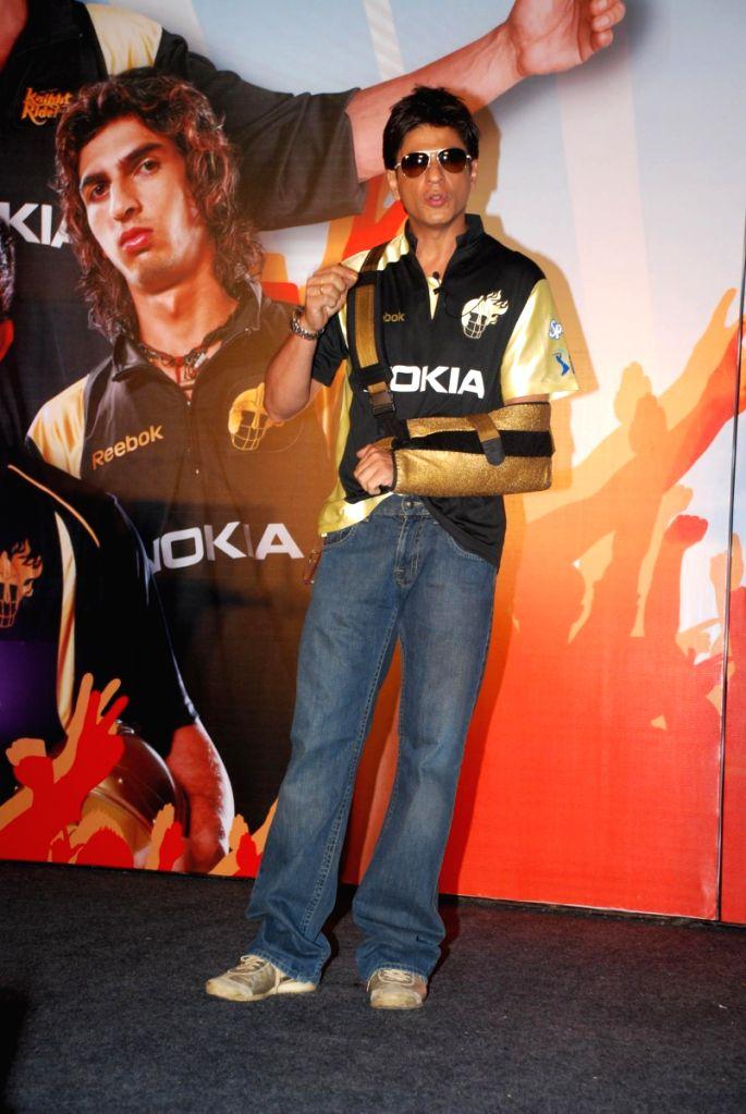 Shahrukh Khan's Kolkata Knight Riders tie up with Nokia.
