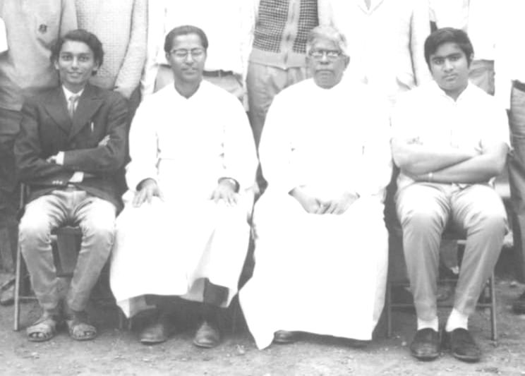 Sharad Bobde, and Harish Salve with Fr Mathews and Fr Maurice of SFS school