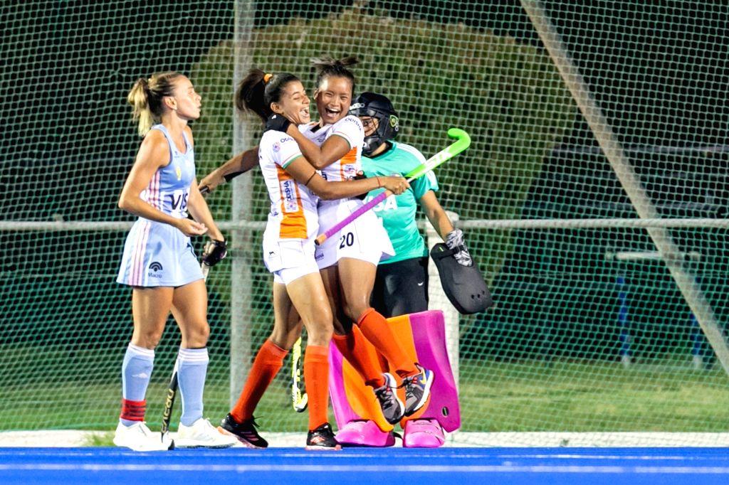 Sharmila, Lalremsiami, Hockey (credit: HIL)