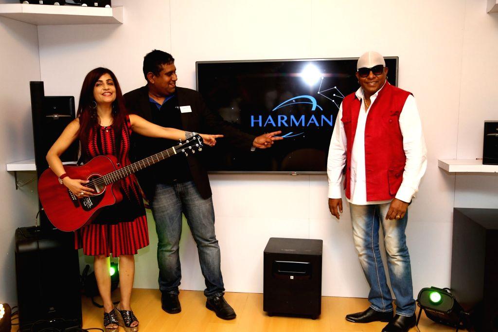 Shibani with percussion maestro Sivamani and Prashant G., Sr. Director, HARMAN Professional.