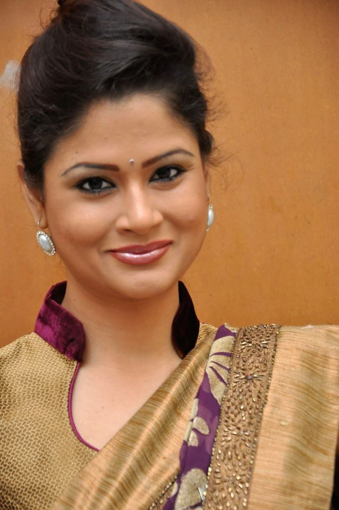 Shilpa Chakravarthy entered Bigg Boss House