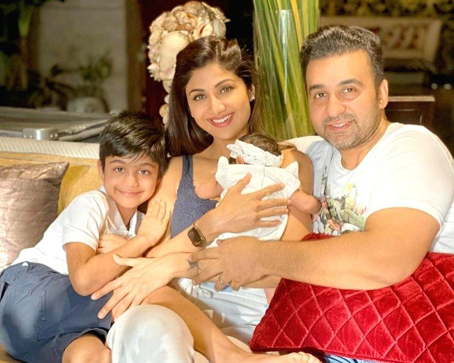 Shilpa Shetty's daughter turns 40 days old. - Shilpa Shetty