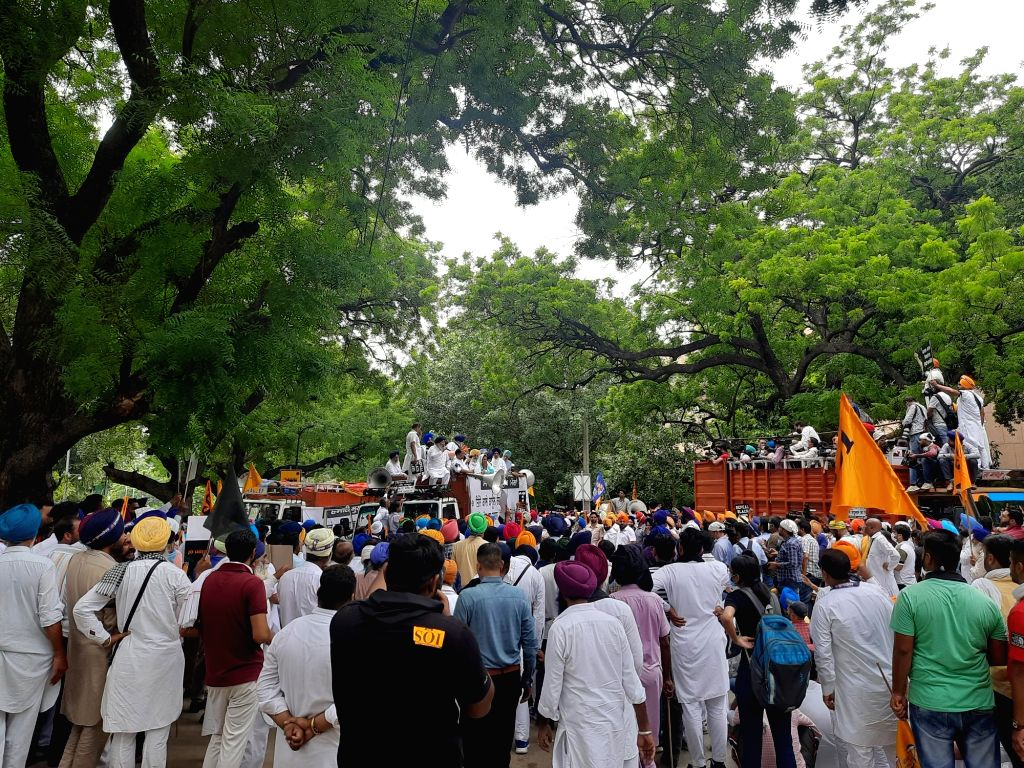 Shiromani Akali's demonstration on one year of agriculture law, Harsimrat Kaur said: Government betrayed farmers. - Harsimrat Kaur