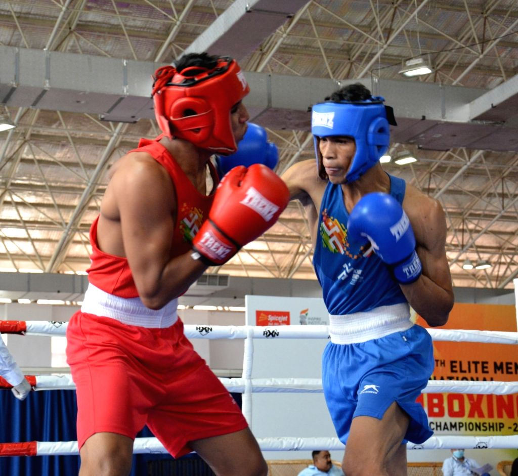 Shiva Thapa storms into semi-finals at the 5th Elite Men's National Boxing Championships