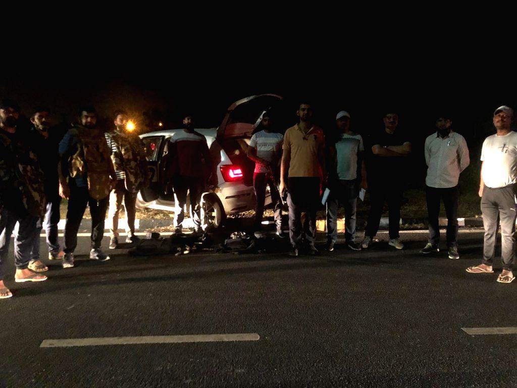 Shootout in Delhi, Four criminals receive bullet injuries.