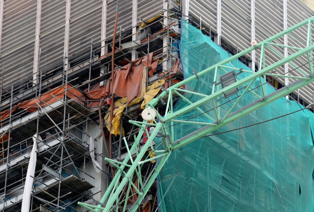 Shown is a tower crane that collided with another crane at a Samsung Heavy Industries shipyard in Geoje, South Gyeongsang Province, on May 1, 2017, to kill six people and injure 19 others.