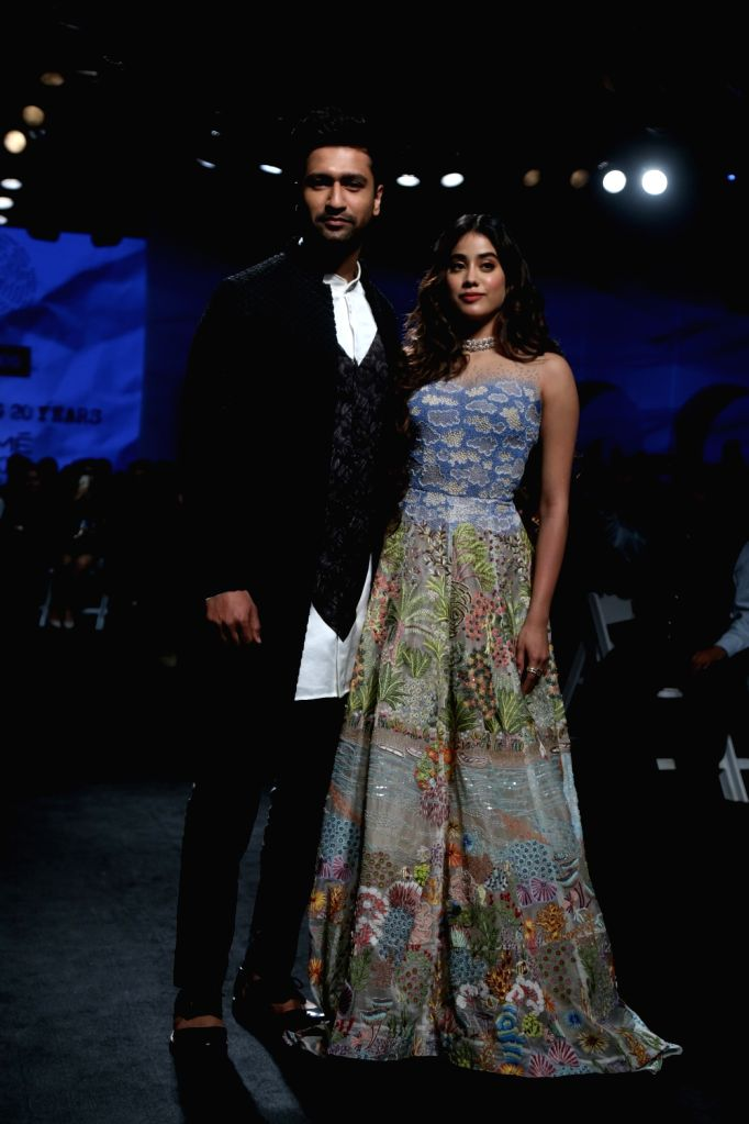 Showstoppers Vicky Kaushal and Janhvi Kapoor showcase the creations of fashion designers Masaba Gupta and Kunal Rawal on Day 1 of the Lakme Fashion Week Summer/Resort 2020, in Mumbai on ... - Vicky Kaushal, Janhvi Kapoor and Masaba Gupta